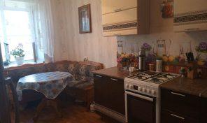 2-х комнатная квартира в 13 мкр.